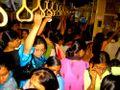 Crowded-train1